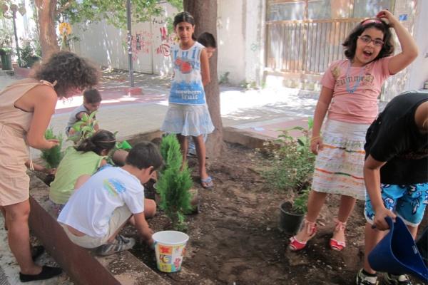 """Τhe first children's community workshop """"My neighborhood"""", Sunday 11/9/2011, Frown Tails (7)"""