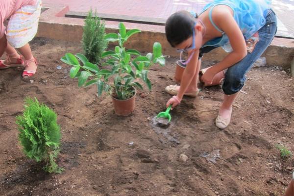 """Τhe first children's community workshop """"My neighborhood"""", Sunday 11/9/2011, Frown Tails (6)"""