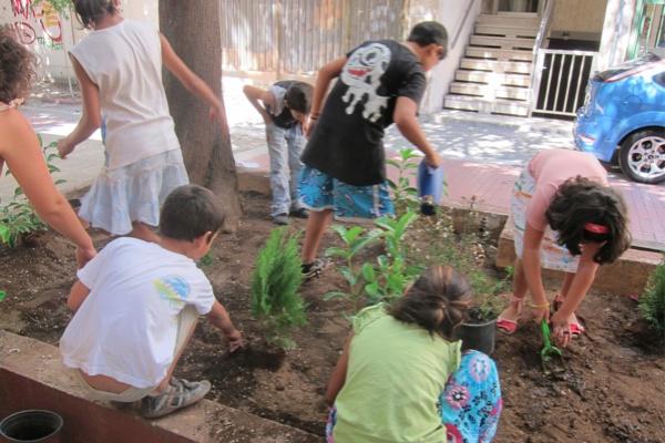 """Τhe first children's community workshop """"My neighborhood"""", Sunday 11/9/2011, Frown Tails (5)"""