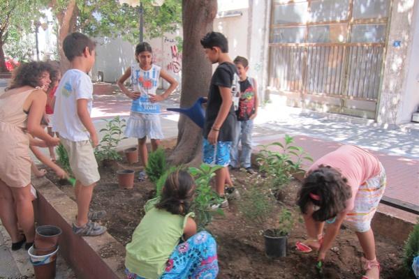 """Τhe first children's community workshop """"My neighborhood"""", Sunday 11/9/2011, Frown Tails (4)"""