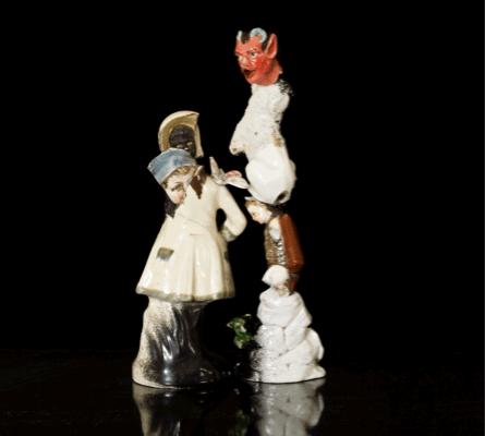 Loredana Sperini, Untitled, 2011, Porcelain, paint, 20.7x6x1 cm